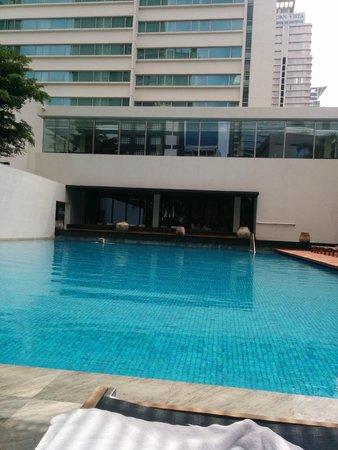 COMO Metropolitan Bangkok: pool