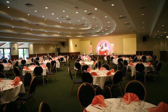 Fiesta Resort & Spa Saipan: banquet