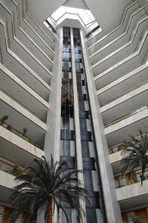 Sheraton Jeddah Hotel : Torre Principal do Hotel