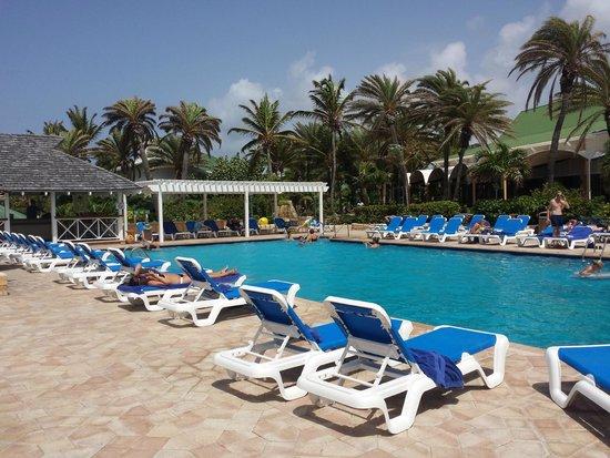 St. James's Club & Villas: main pool