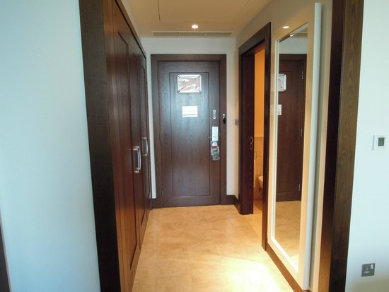 JA Ocean View Hotel: room