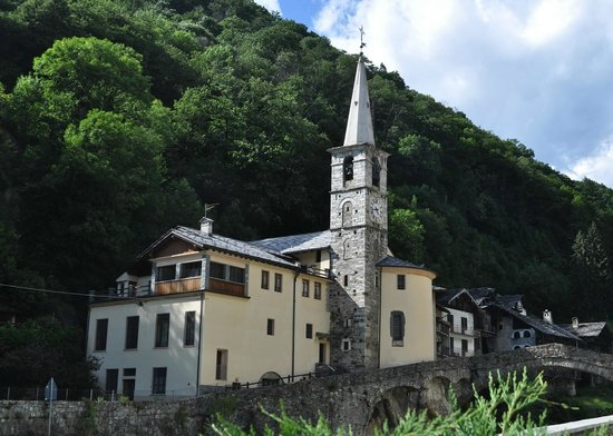 Fontainemore, Italy: esterno
