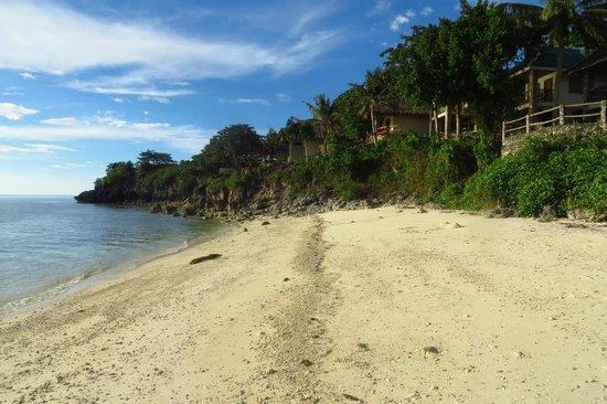 Tepanee Beach Resort: Private beach