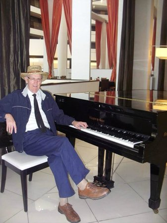 Hyatt Palm Springs : Visiting the hotel inspired me to write a piano concerto