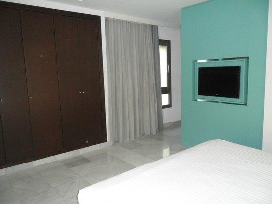 Mercure Algeciras: camera da letto