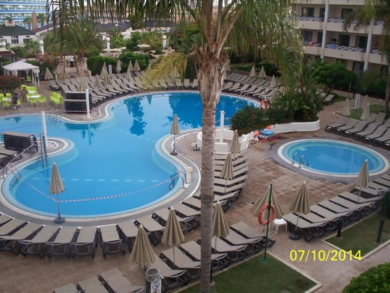 Aparthotel Parque de la Paz : room view