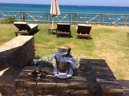 Ikaros Beach Resort & Spa: ikaros Beach - unser Blick aus unsere Suite