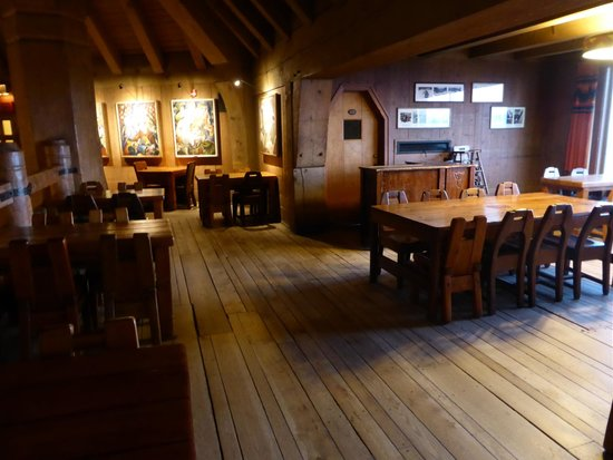Timberline Lodge: dining area