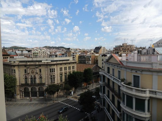 Arago 312 Apartments: view from hotel