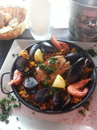 Restaurant La Caravelle: paella