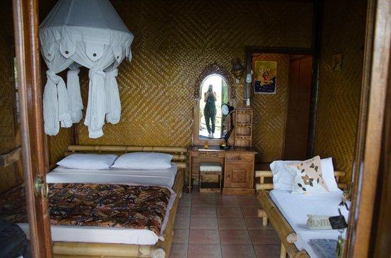 Eka Purnama Cottages : Bungalow