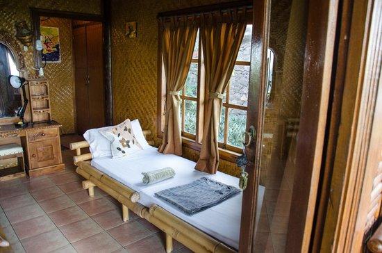 Eka Purnama Cottages : Room