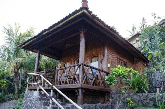 Eka Purnama Cottages : Our bungalow