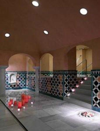 Ba os rabes palacio de comares picture of banos arabes - Banos arabes palacio de comares ...