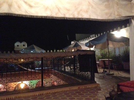 Riad Lakhdar: on the roof terrace at night