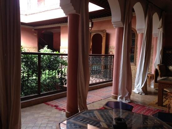 Riad Lakhdar: first floor