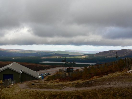 Aviemore Circular: View from Cairn Gorm
