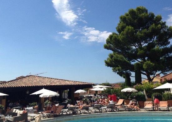 Hotel Byblos Saint Tropez : Byblos, tropical spirit.