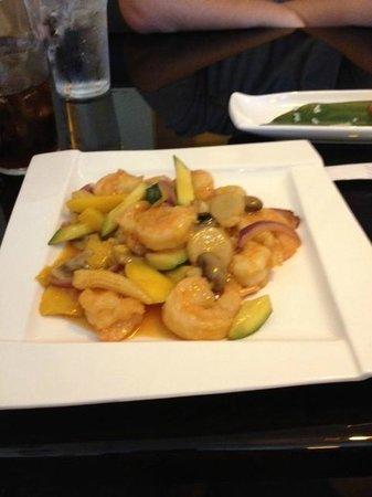 Beverly, NJ: Mango Shrimp