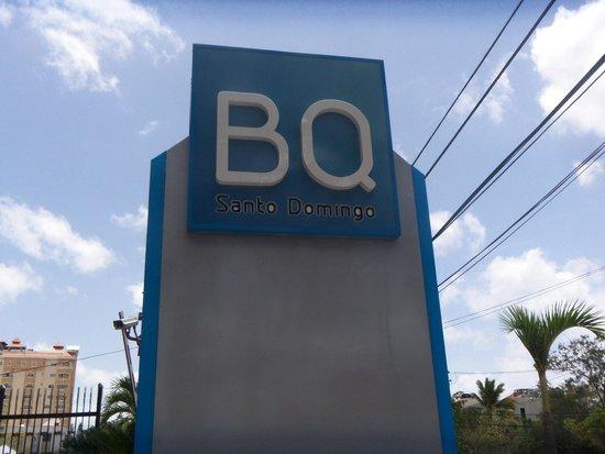 W&P Santo Domingo: Out walking.
