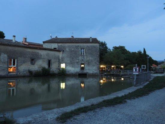 Le Moulin de Trebes: retro