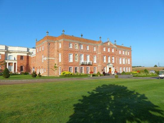 Four Seasons Hotel Hampshire, England: Main building