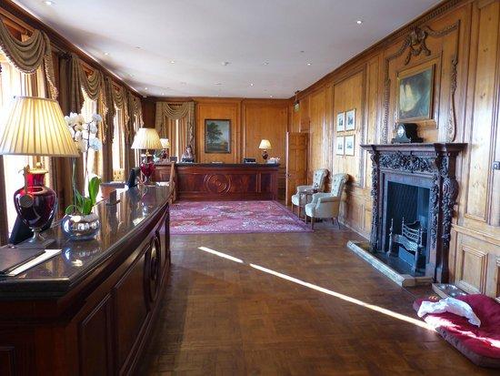 Four Seasons Hotel Hampshire, England : Reception