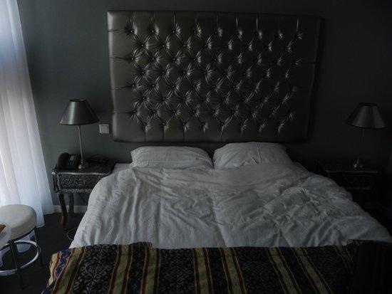 Acostar Hotel : La camera..