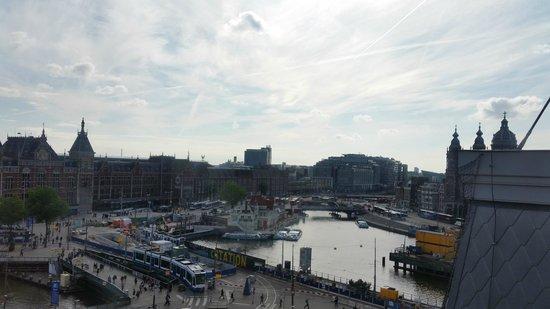 Park Plaza Victoria Amsterdam: urban room , top floor - view from window