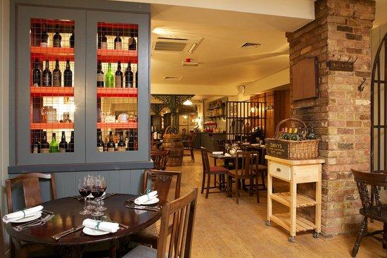 The 10 best restaurants near barbican centre tripadvisor for Classic house bangers