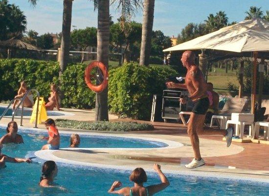 Elba Costa Ballena Beach Hotel: Atilio! El JEFE!