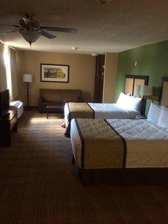 Extended Stay America - Miami - Airport - Doral - 87th Avenue South: Quarto com duas camas de casal