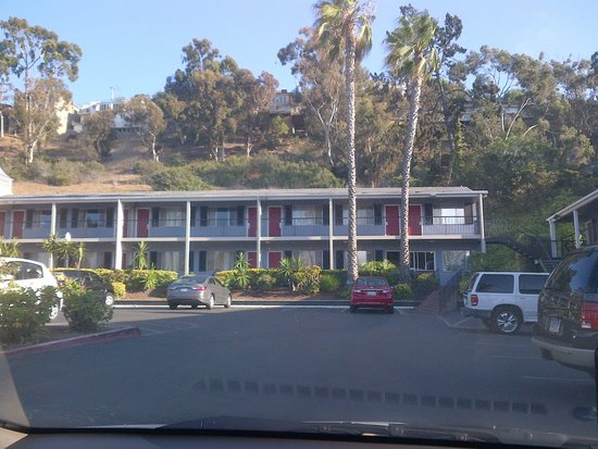 Travelodge San Diego Mission Valley: Inquadratura da lontano