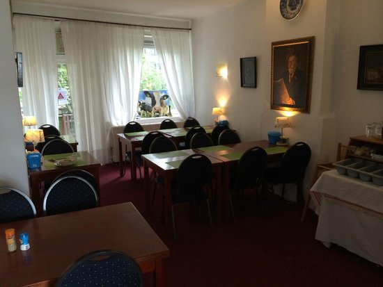 Hotel Baan: Dining room
