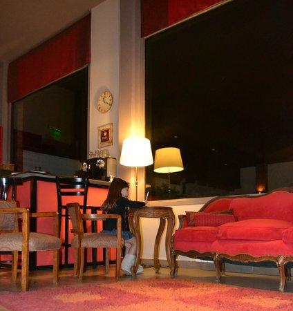 Las Bayas Hotel : Pintando