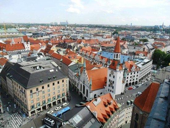 Marienplatz - il Vecchio Municipio