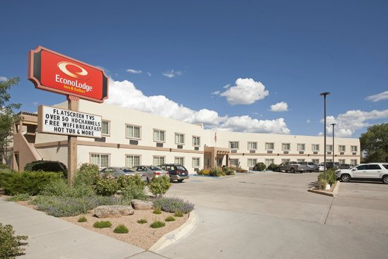 Photo of Econo Lodge Inn & Suites Santa Fe