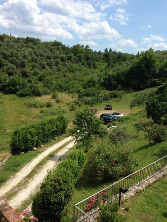 Relais Borgo di Stigliano: Stationnement