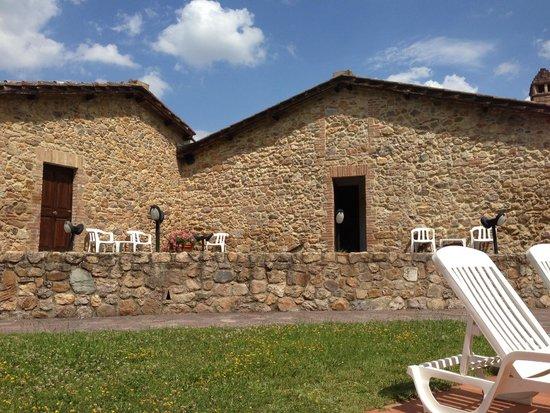 Relais Borgo di Stigliano: x