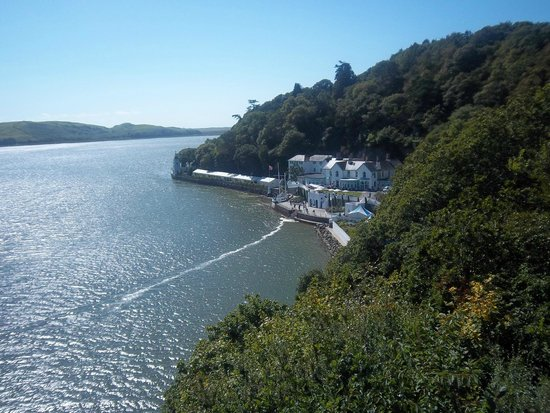 Portmeirion Village: view from the top of the cliffs