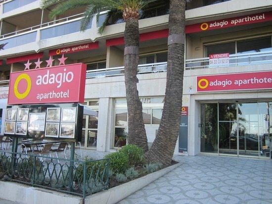 Adagio Nice Promenade Des Anglais : front of hotel