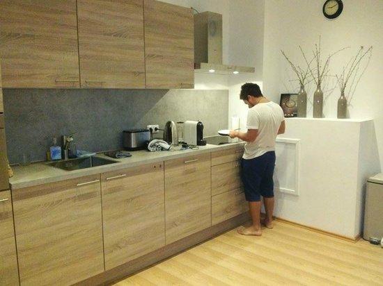 Crown Bed & Breakfast: nuestra cocina
