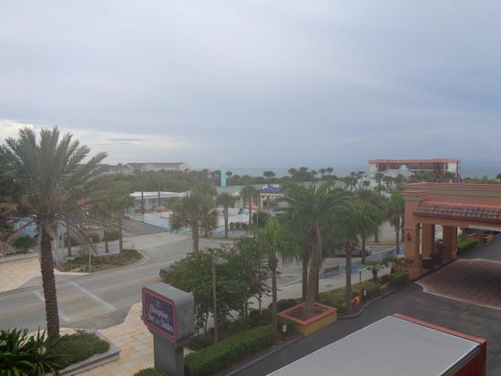 Hampton Inn & Suites St. Augustine - Vilano Beach : Front view from balcony