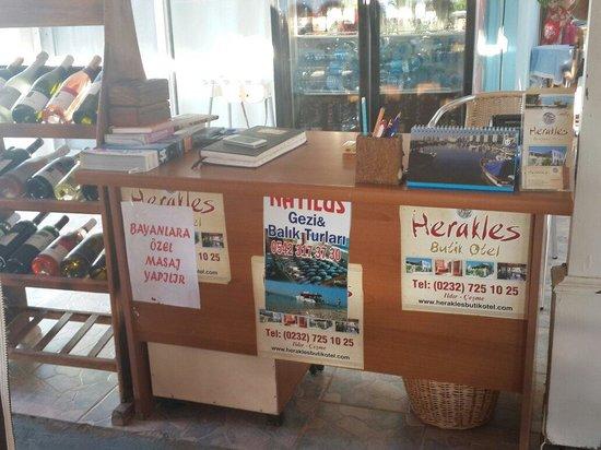 Herakles Butik Hotel: işte yaptırmamanız gereken masajın reklamı bayanlar...