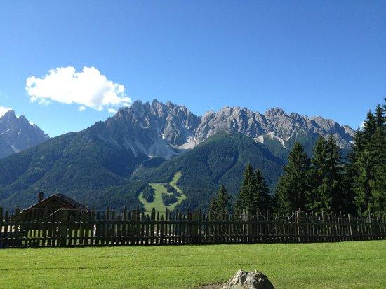 Glinzhof Mountain Natur Resort Agriturismo: Vista dalla terrazza