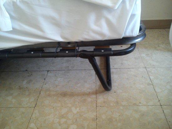 Hotel Ottaviani: Letto