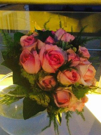 Sofitel Rome Villa Borghese: Bouquet de roses commandées