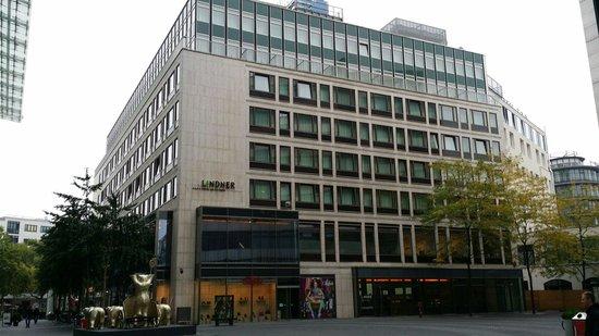 lindner picture of lindner hotel am ku 39 damm berlin tripadvisor. Black Bedroom Furniture Sets. Home Design Ideas
