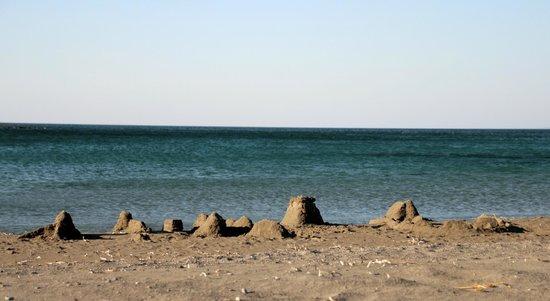 Frangokastello, Grecia: Strand bij het Fortezza
