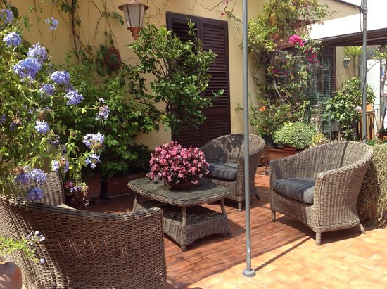 A Roof Top Oasis In Napoli Review Of B B Terrazza Duomo